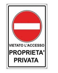 """ORECA - CARTELLO SEGNALETICO """"PROPRIETA' PRIVATA - ACCESSO VIETATO"""" IN PVC - 30X20CM"""